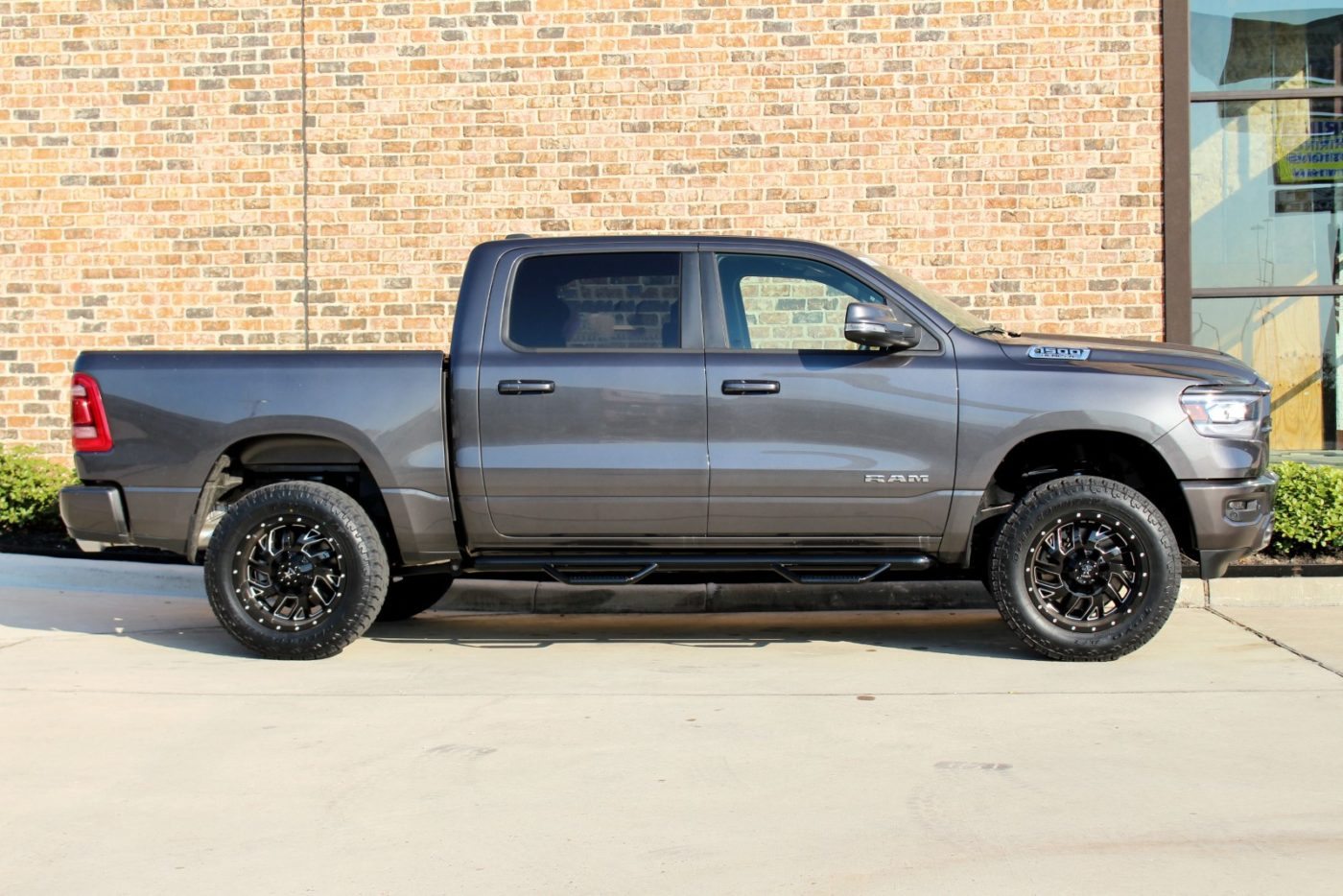AWT Dealers - 2019 3.5″ LIFTED RAM 1500